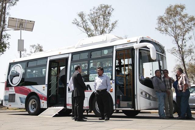 Con camiones a gas renovarán transporte público en Puebla