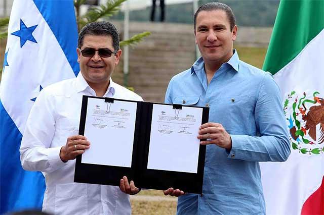 Presidente de Honduras y RMV firman acuerdo de promoción comercial
