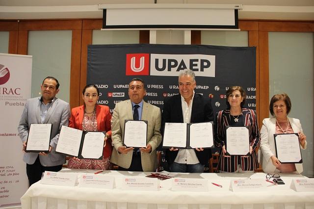 Upaep y Canirac firman convenios de apoyo y colaboración académica