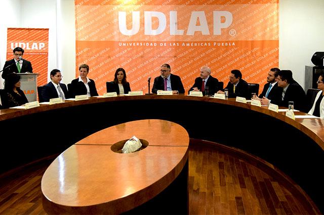 Firman convenio de colaboración Sistema Nacional DIF y UDLAP