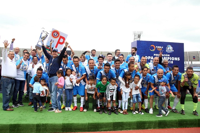 Premian a los campeones de la Copa Champions, de la SEP