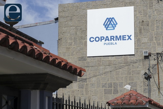 Barbosa no fue al debate cuando lo invitamos, recuerda Coparmex