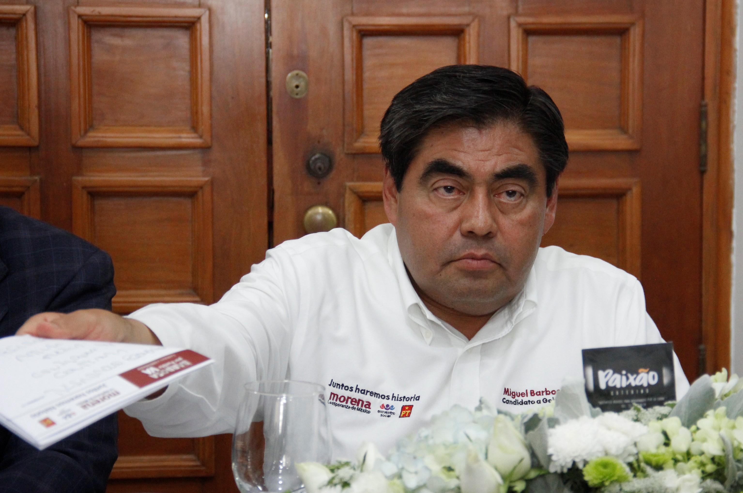 Presiona PAN a trabajadores de Tehuacán a votar a favor de Alonso
