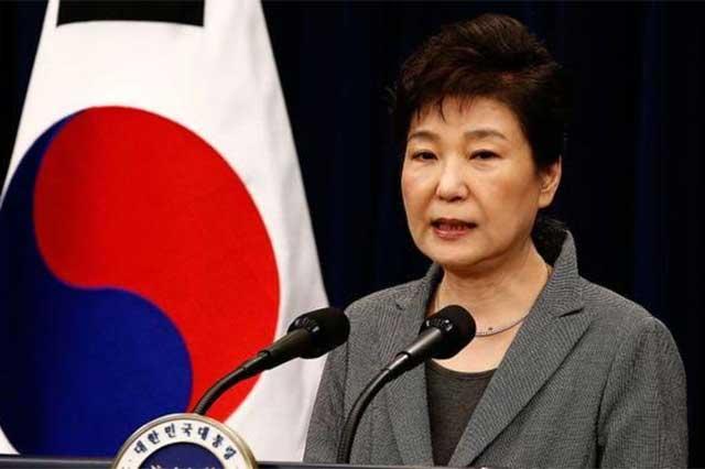 Giran orden de aprehensión en contra de la ex presidenta surcoreana