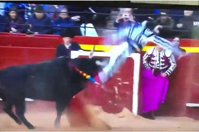 VIDEO: Así fue la impresionante cornada al torero Enrique Ponce