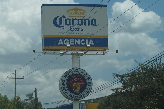 Por delitos, cervecera Corona evalúa dejar Tecamachalco