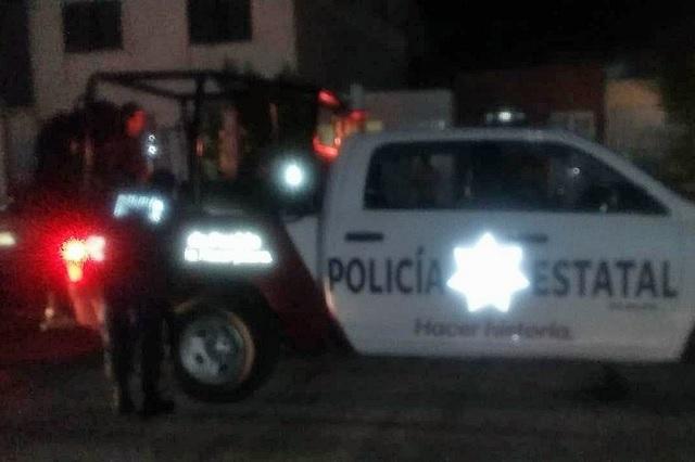 Policías de Coronango capturan a dos por robo de auto