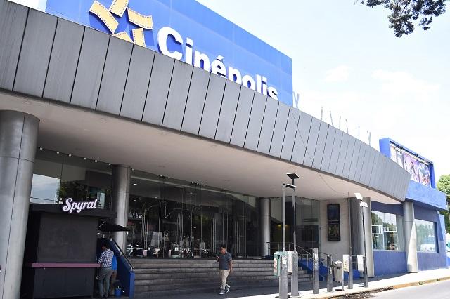 Esperan luz verde para reabrir 32 salas de cine en Puebla
