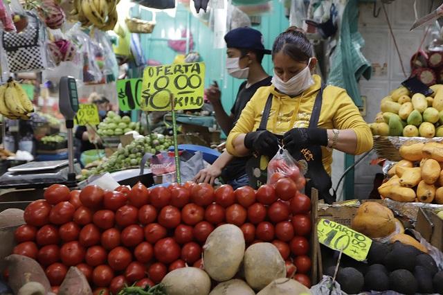 Obreros poblanos, sin dinero ni acceso a salud ante Covid-19