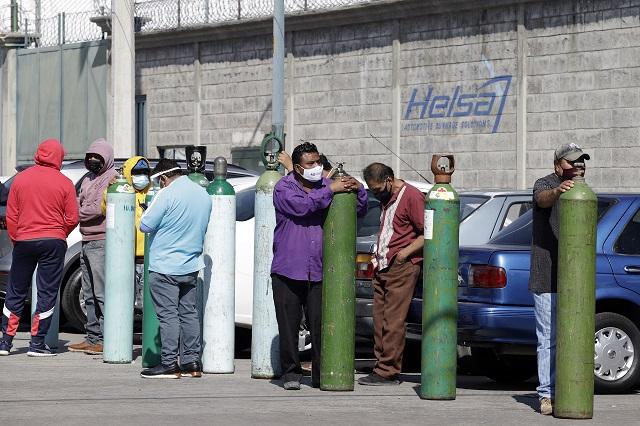 Sólo 2 de las 3 empresas autorizadas para vender oxígeno médico operan en Puebla