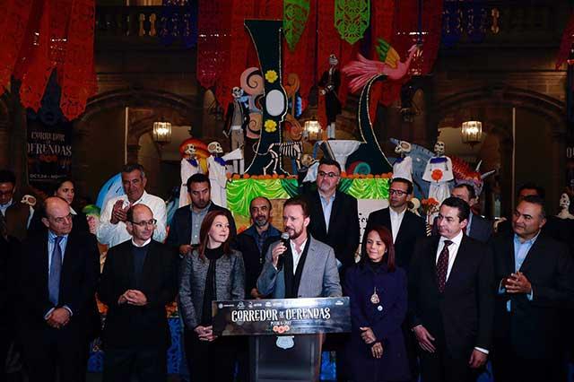 Luis Banck encabezó la inauguración del Corredor de Ofrendas 2017