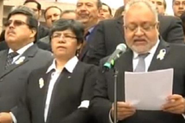 Jueces acusan a AMLO de intromisión y de querer debilitarlos