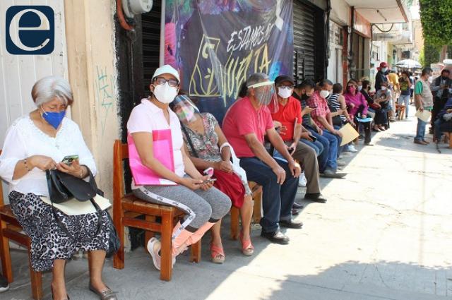 Llegan vacunas para los de 50 años; comienzan en Tehuacán