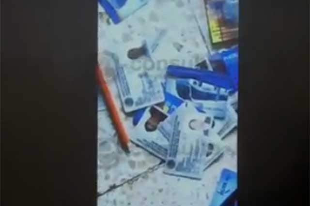 Video: Así almacenaban bolsas y credenciales robadas en el transporte