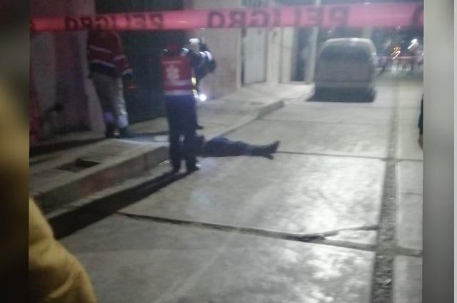 Cadáver con narcomensaje y otro ejecutado, en Texmelucan
