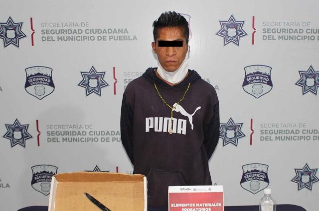 Asegura policía de Puebla capital una veintena de dosis de droga