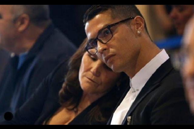 Cristiano regresaría al futbol portugués a petición expresa de su madre