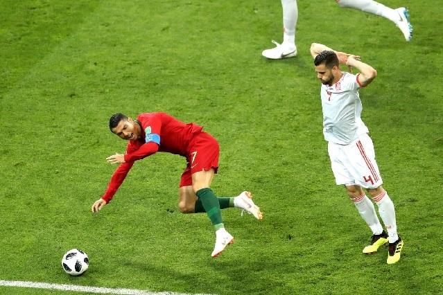 Cristino Ronaldo ya es polémica en el mundial: ¿Es penalti o no ante España?