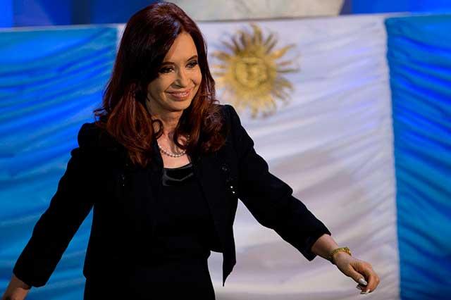 Juez ordena capturar y desaforar a Cristina Fernández, ex presidenta argentina