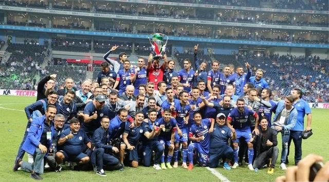 Con la Copa en la bolsa, Cruz Azul ya piensa en la Liga