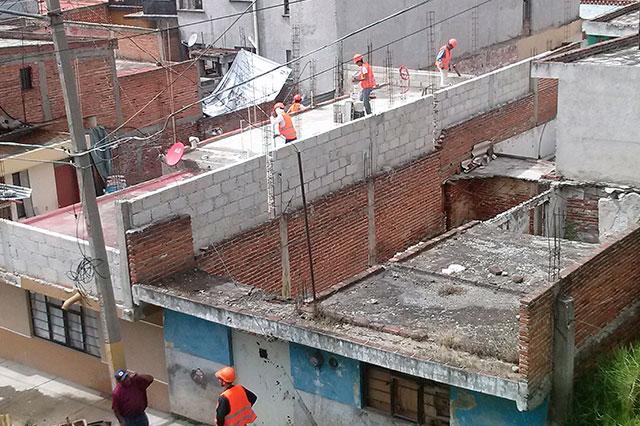Ya dan mano de gato a calles y techos aledaños al Teleférico