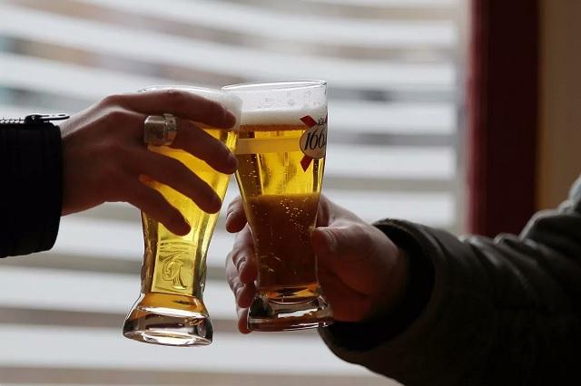 Cuarentena podría hacerte más propenso a caer en adicciones