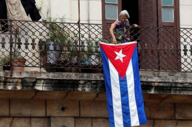 EU advierte que seguirá embargo a Cuba pese a llamado de AMLO