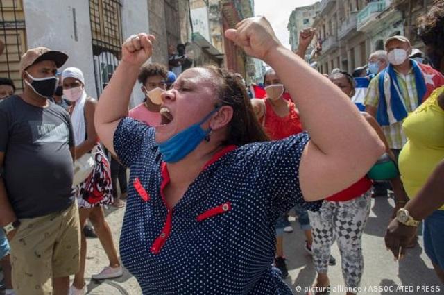 Cuba: Se disparan contagios y muertes por Covid tras protestas