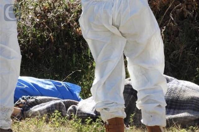 Localizan cuerpo esposado y con narcomensaje en Acatzingo
