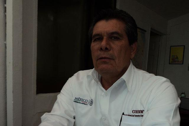 Deja Cutberto Cantorán la delegación de Conafe en Puebla