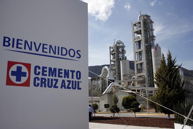 Recupera cooperativa control de la planta Cruz Azul en Puebla