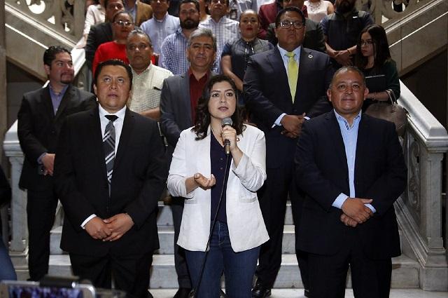 Firma Rivera aumento del 4.6% a trabajadores en Puebla capital
