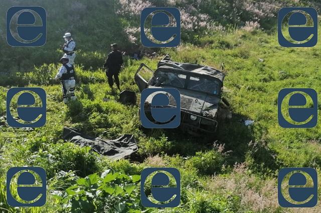 Vuelca jeep militar camino a Huejotzingo; hay 1 muerto