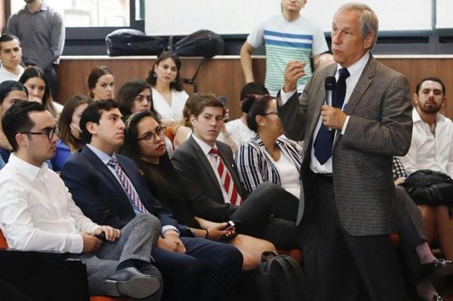 Cárdenas exige al Congreso echar abajo la Ley de Presupuesto