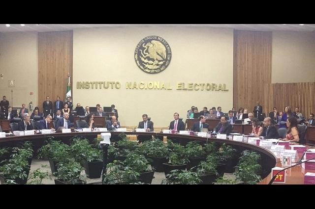 Exige INE no malversar recursos previo a la elección en Puebla