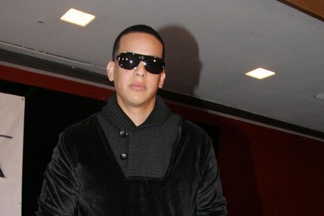 Usurpan identidad de Daddy Yankee para robarle en su hotel