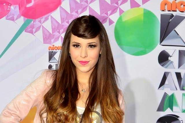 Danna Paola regresará a Televisa con la serie de Silvia Pinal