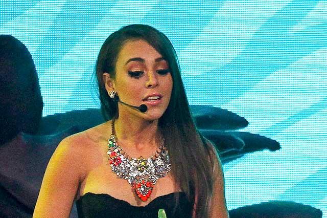 Danna Paola explota contra conductora de TV