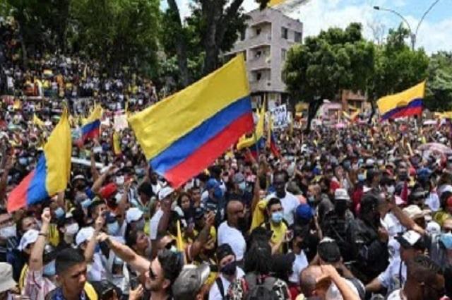 ¿Qué está pasando en Colombia? 10 datos sobre la situación colombiana