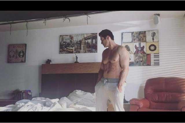 David Zepeda graba videoclip del tema Me duele tu ausencia