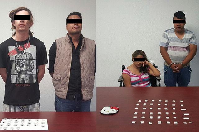 Aseguran a 4 presuntos narcomenudistas con cocaína y heroína