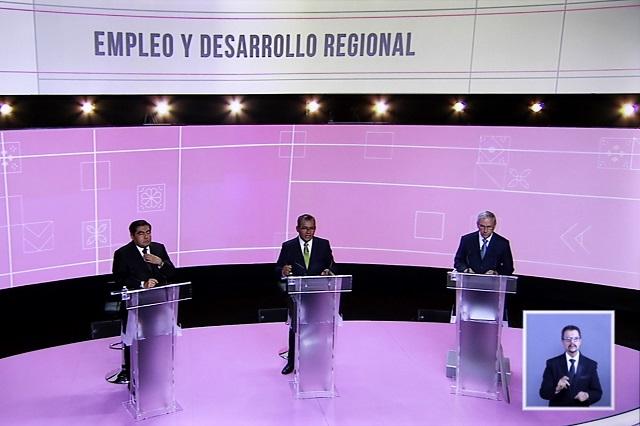 Barbosa y Cárdenas abren debate con ataques