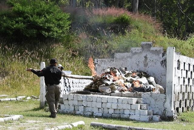 Droga decomisada por la FGR fue incinerada en la 25 Zona Militar