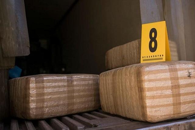 Decomisan en una casa de Nuevo León 2 toneladas de marihuana