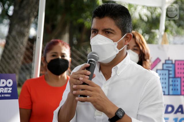 """Eduardo Rivera reclama que Centro Histórico está """"hecho un asco"""""""