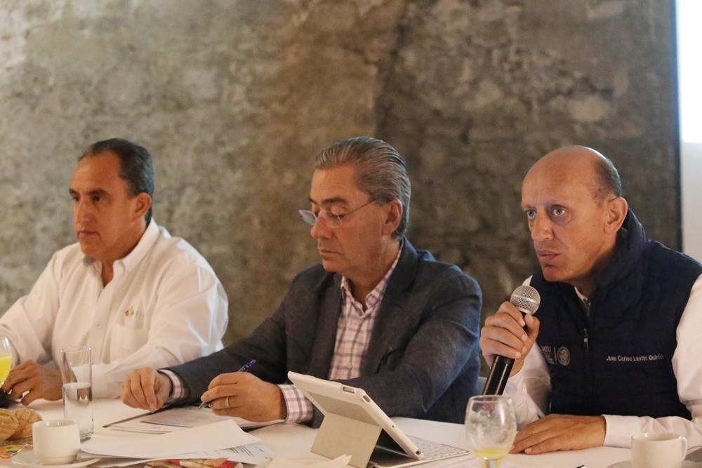 Reconstrucción de casas concluirá  en marzo de 2018, prevé Sedatu