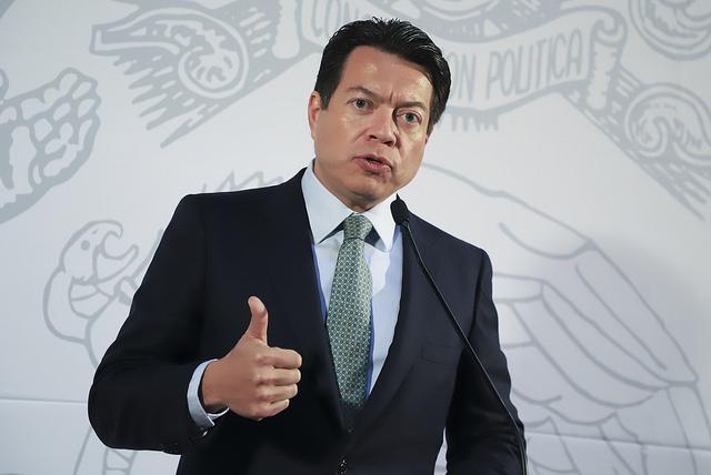 Delgado pone hielo sobre Puebla: ningún apoyo hasta convocatoria