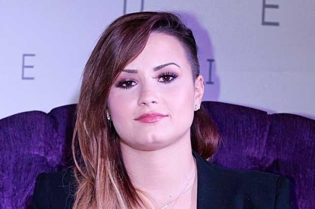 Demi Lovato revela que acude a reuniones de Alcohólicos Anónimos