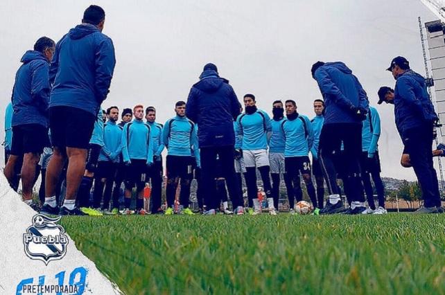 Club Puebla llega a Querétaro para iniciar la pretemporada