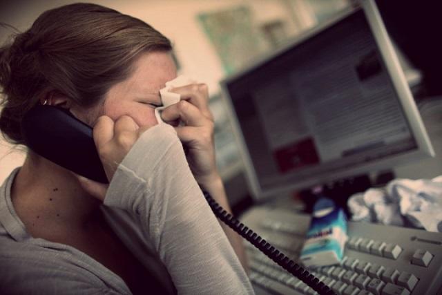Trabajar más de 55 horas a la semana podría causarte depresión
